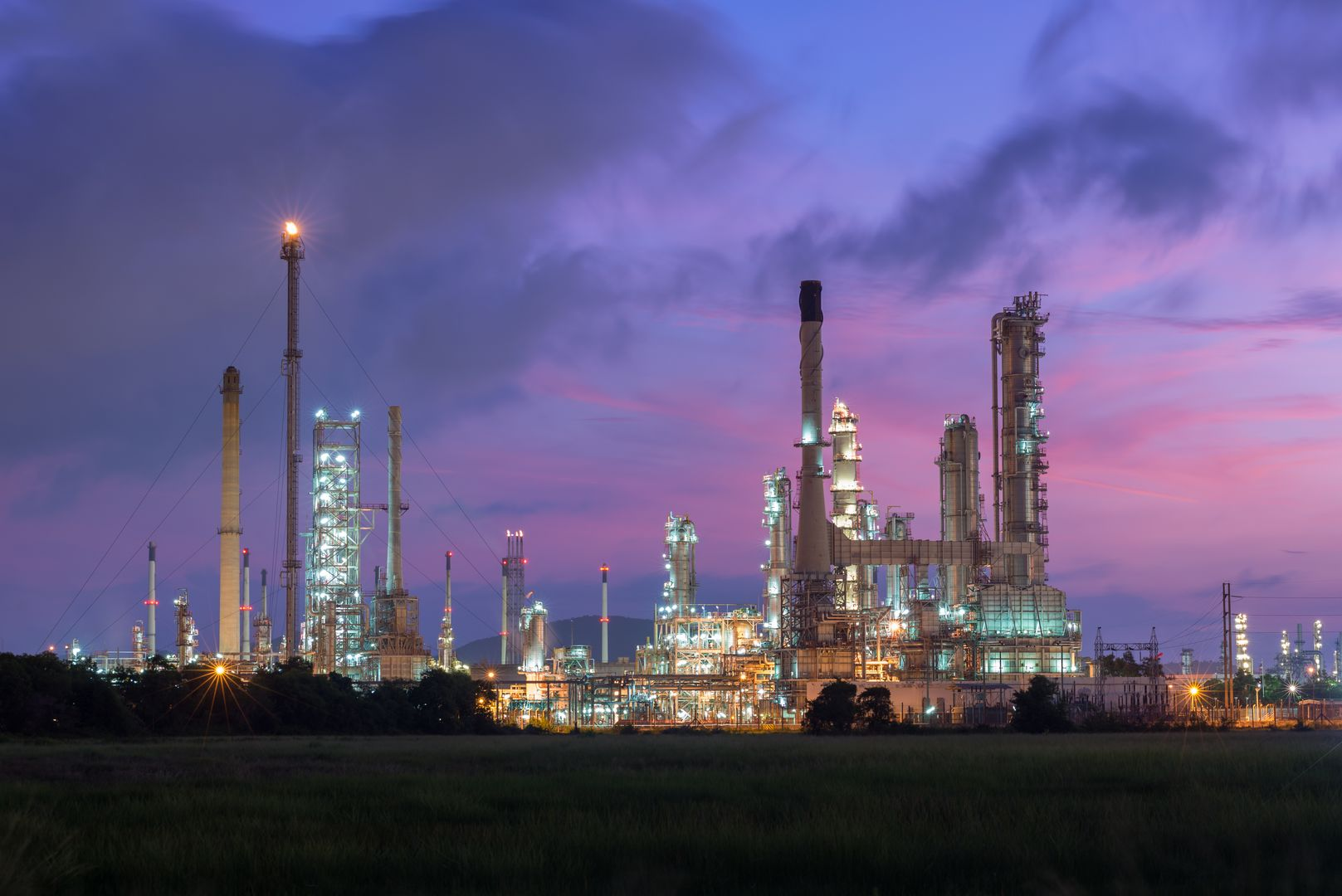 Refineries And Distillation Plants